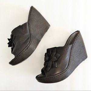 Born Womens 8 Leather Platform Wedge Sandal Brown